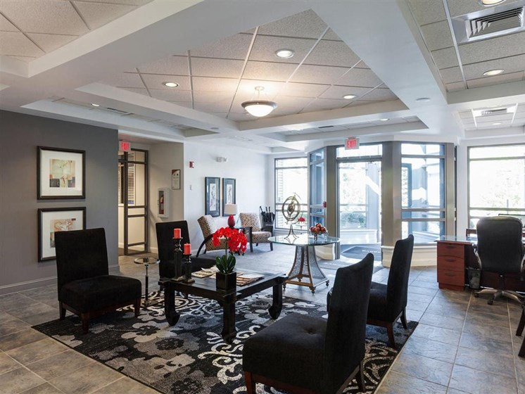Leasing Office Seating at The Preserve Apartments, 100 Hilltop Dr, Walpole, MA 02081