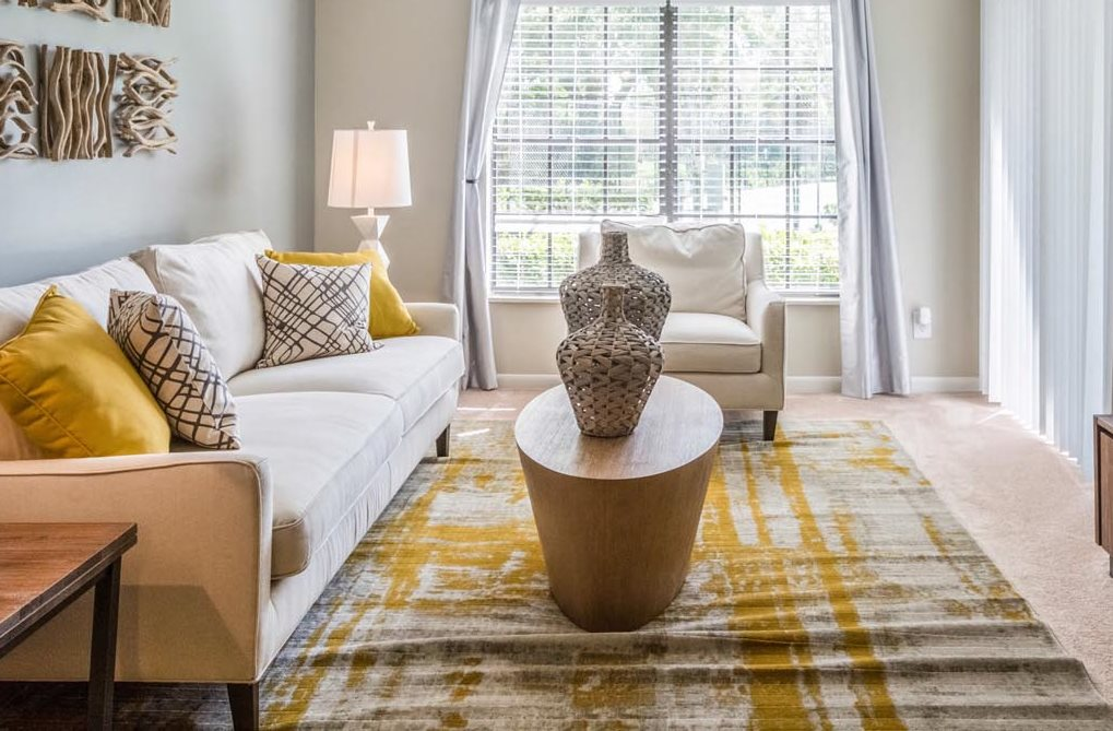 Living Room at Laurel Oaks Apartments in Tampa, FL