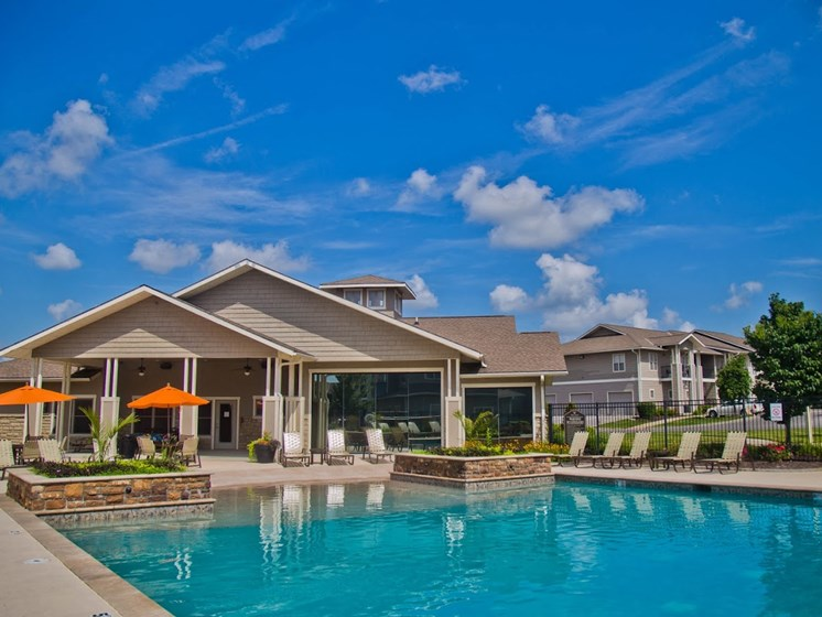 Newly Built Swimming Pool And Lounge at The Manor Homes of Eagle Glen, Raymore, MO, 64083