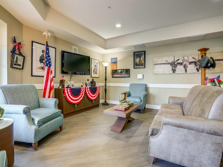 Clubroom With Smart Tv And Ample Of Sitting Area at Westmont of Fresno, Fresno, California