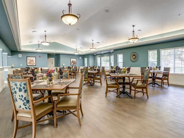 Dining Hall at Westmont of Fresno, Fresno, CA