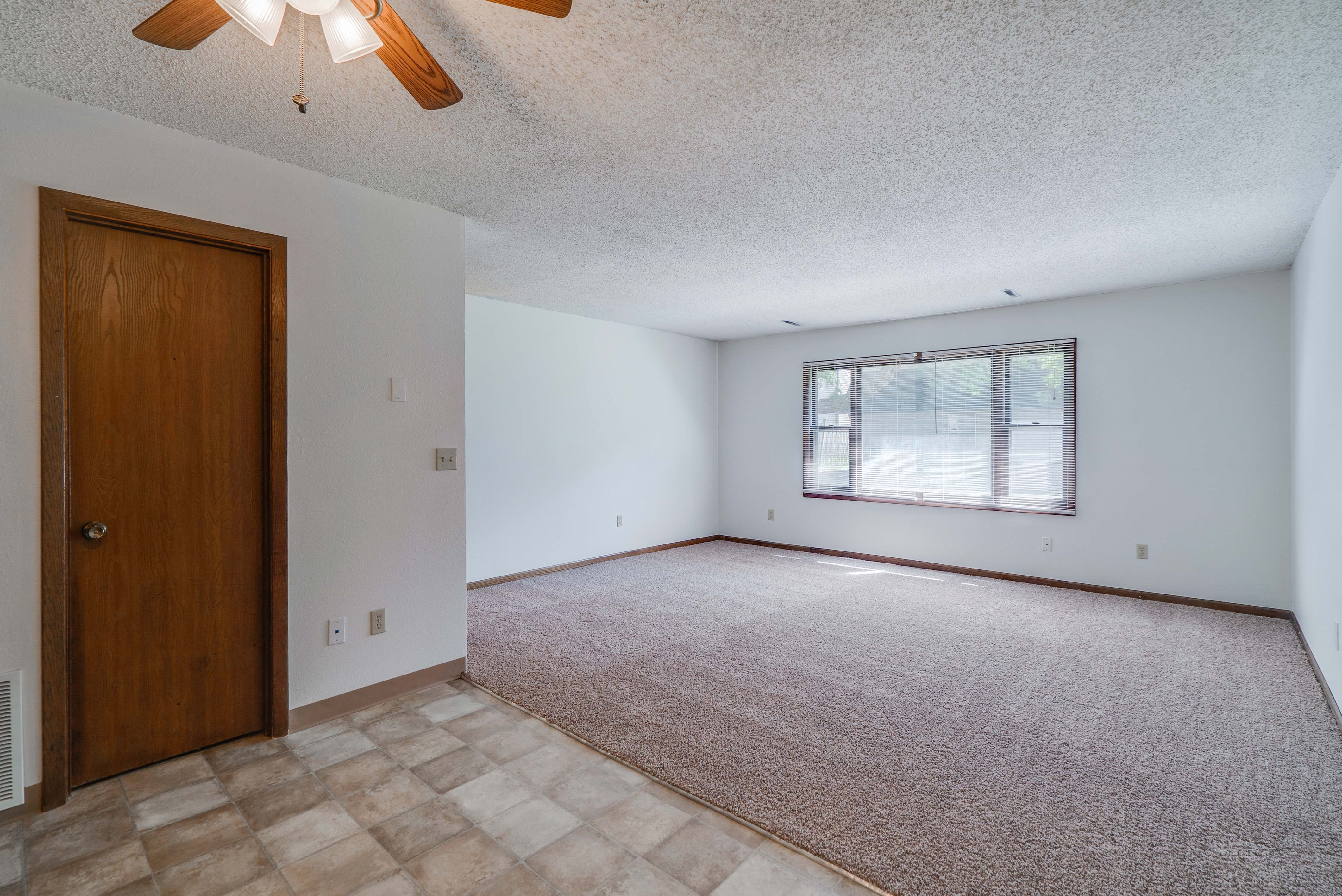 Large living room at South View Apartments