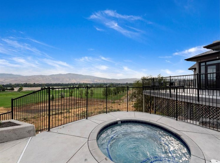Hot tub with a view at Columbia Village, Boise, 83716