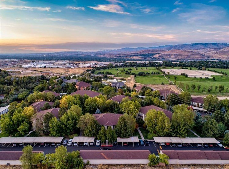 Living in style at Columbia Village, Idaho, 83716