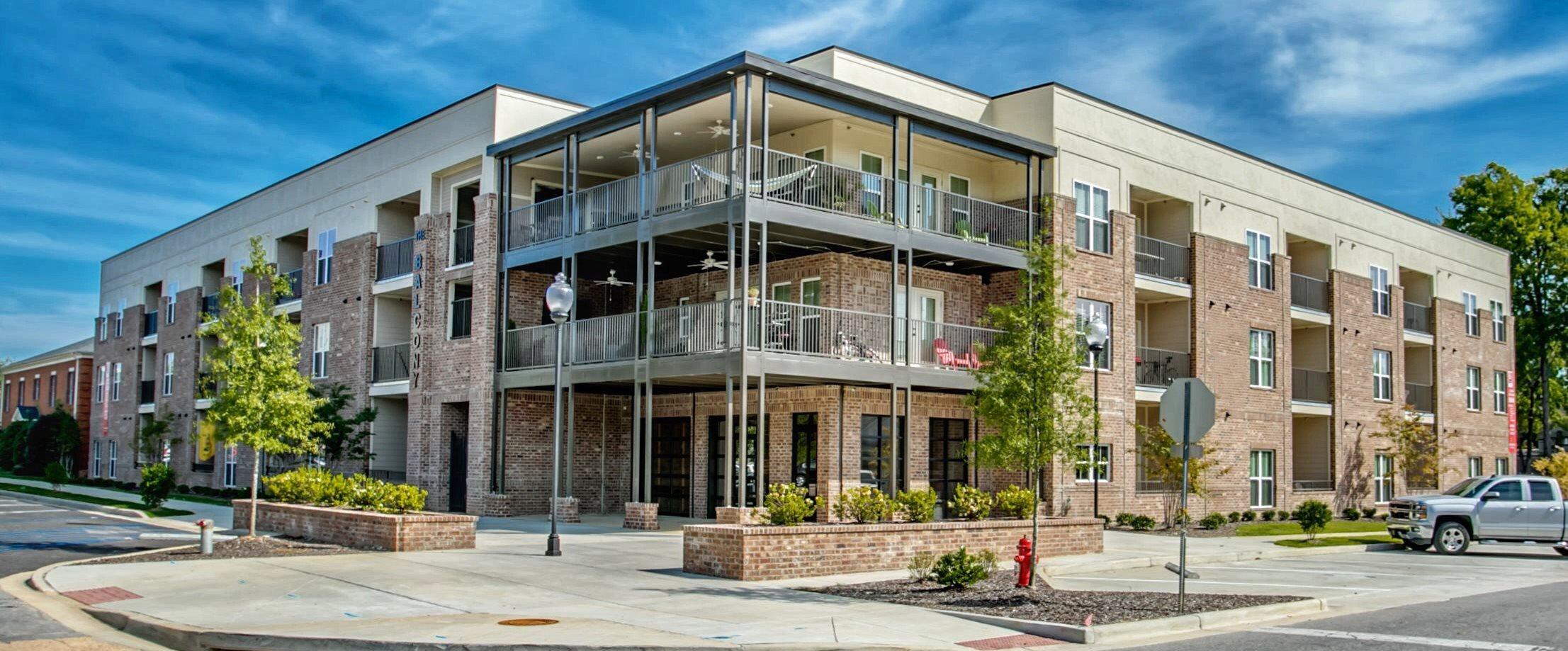 Exterior of The Balcony Apartments in Tuscaloosa, AL