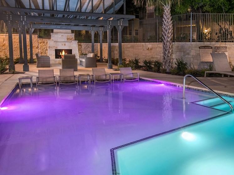 resort style pool in north san antonio apartments