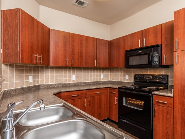 north san antonio apartments with updated kitchens