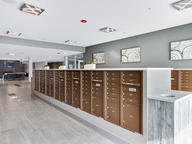 lakeside of oak brook mail room