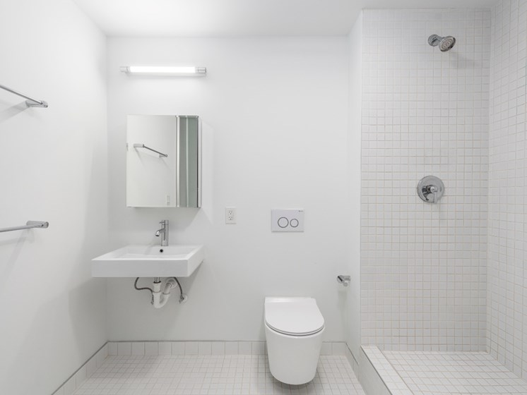 Modern Bathroom Fittings at Market District Lofts, Cleveland, OH, 44113