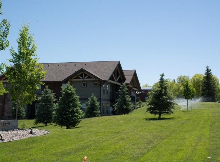 Lush Landscaping at Saddleview Apartments, Montana