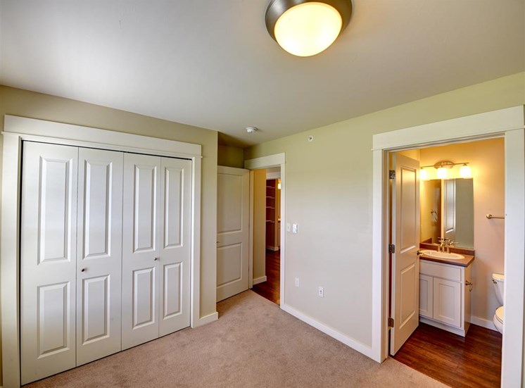 Two bedroom master bedroom at Saddleview Apartments, Bozeman, MT, 59715