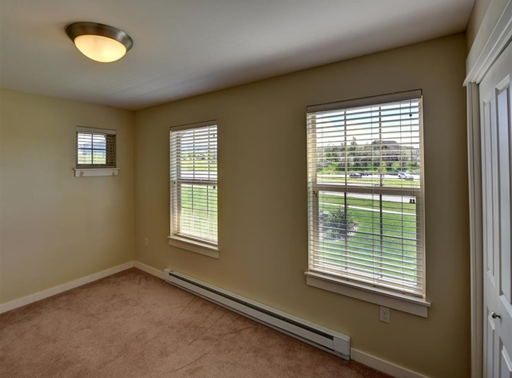 Bedroom with a view at Saddleview Apartments, Montana, 59715