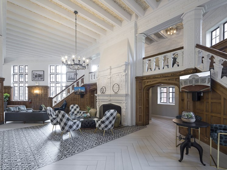 Manor-Building-Lobby