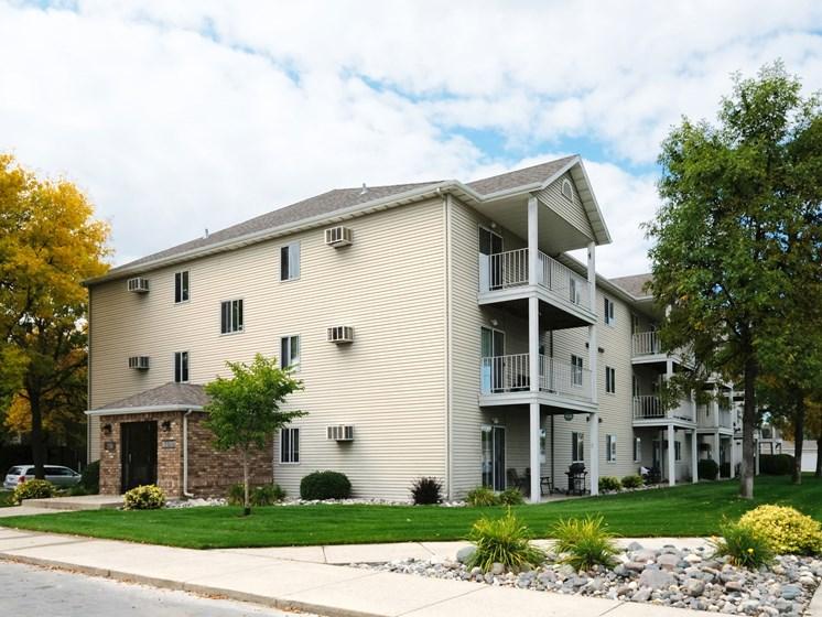 Briar Pointe Apartments | Fargo, ND
