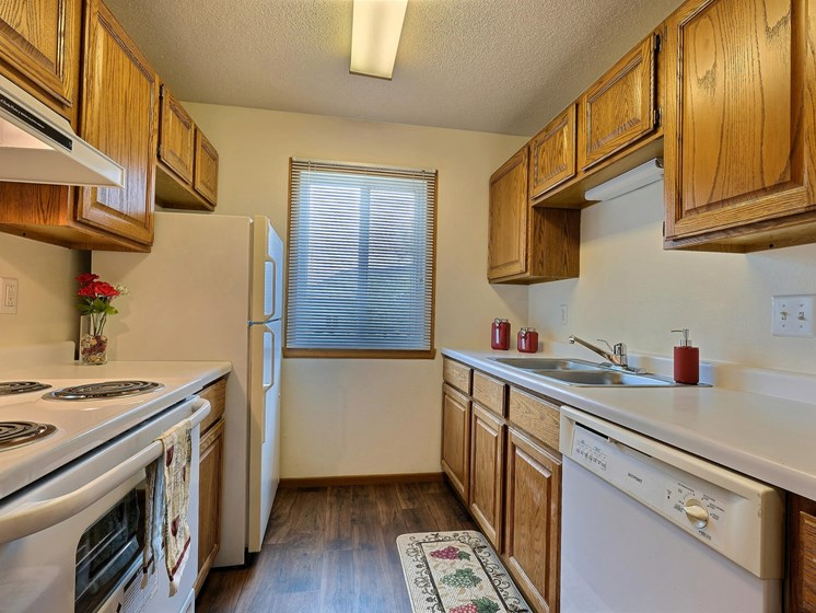 Brownstone Apartments | 2 Bdrm - Kitchen