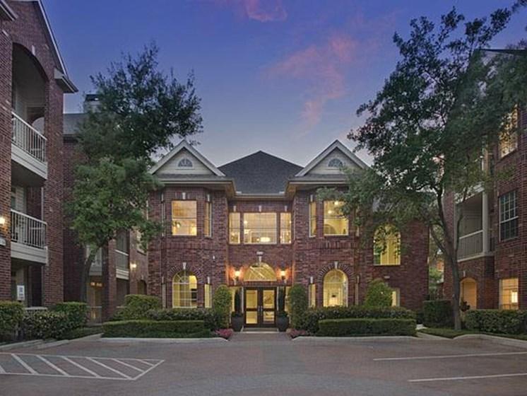 The Belmont West U apartments
