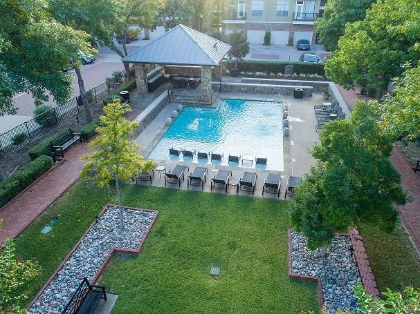 flatiron district cabana pool