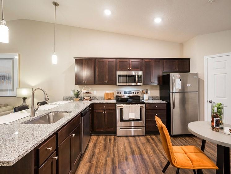 Grand Blanc MI Apartment Rentals Redwood Grand Blanc Kitchen