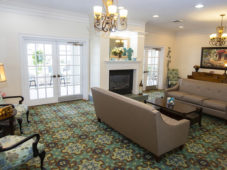 Lounge Area With Fireplace at Savannah Court of Haines City, Florida, 33844