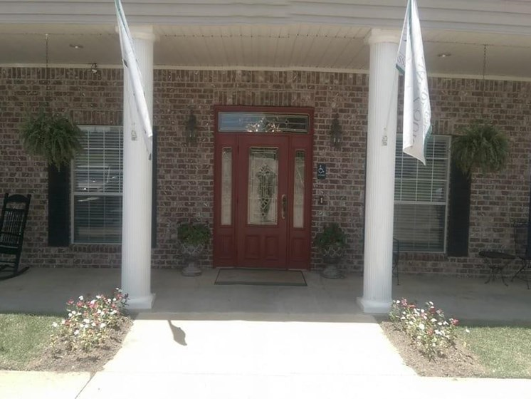 Front Entrance To The Property at Savannah Court of Minden, Minden