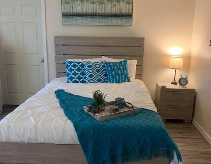 Large Comfortable Bedrooms at Savannah Court of St Cloud, Florida
