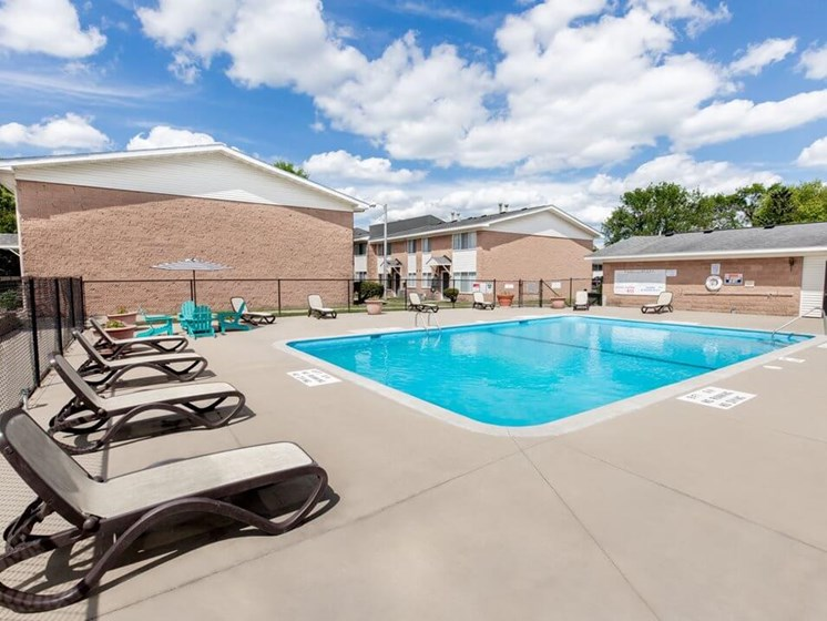 Sun deck at Rochester MN Apartments