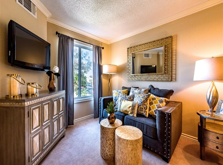 Comfortable Living Room Spaces at Pacifica Senior Living Oxnard, Oxnard, CA, 93036