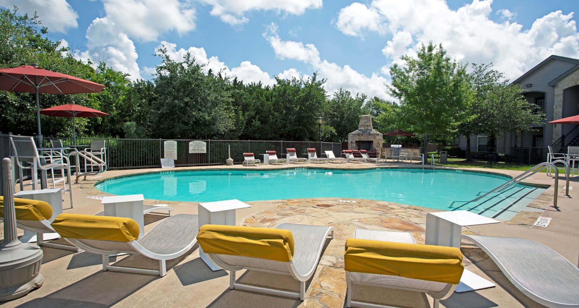 Swimming Pool and Lounge at at Saddle Creek & The Cove, Austin, TX, 78748