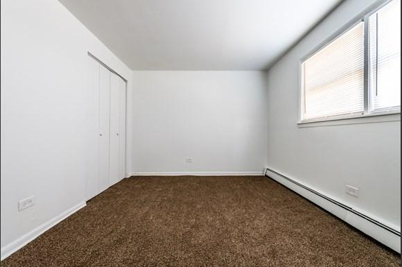 Apartments for rent in Dolton, IL   15210 Chicago Rd Bedroom