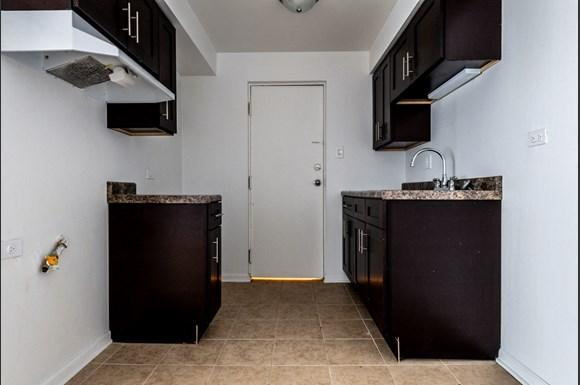 Apartments for rent in Dolton, IL   15210 Chicago Rd Kitchen