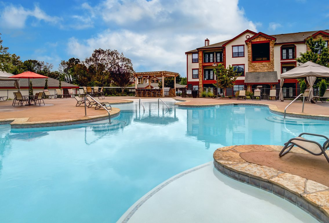 Swimming Pool at The Ranch at Pinnacle Point Apartments in Rogers, AR