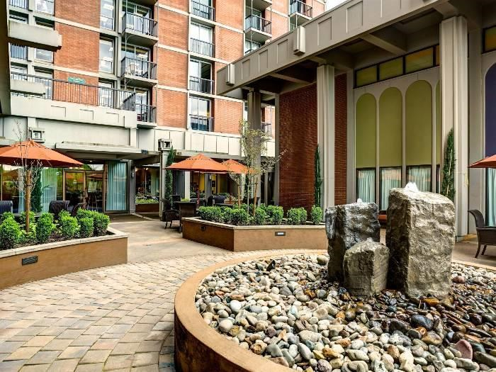 Engaging Art Sculpture and Outdoor Spaces at Pacifica Senior Living Calaroga Terrace, Portland, 97232