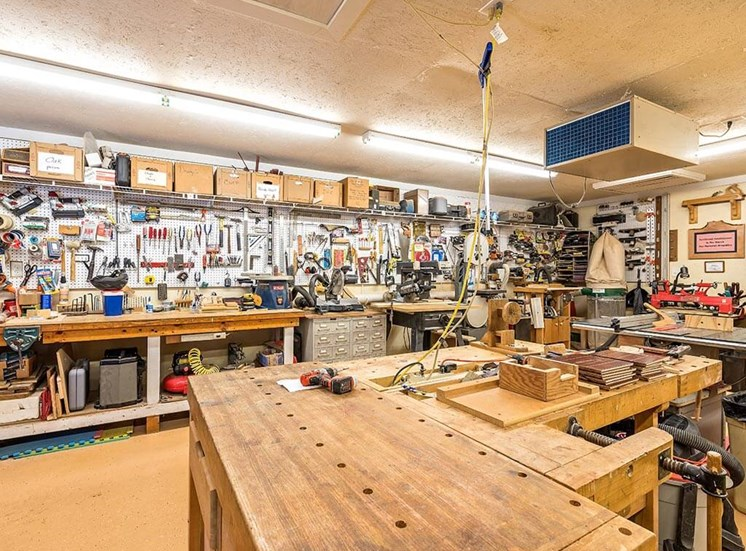 Resident Woodshop for Active Lifestyle at Pacifica Senior Living Heritage Hills in Hendersonville, North Carolina
