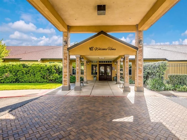 Planned Outdoor Activities and Events at Pacifica Senior Living Modesto, California, 95355