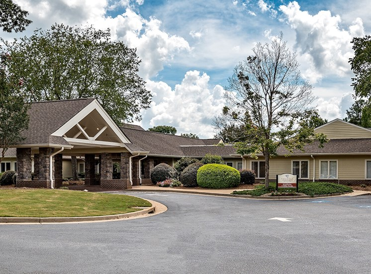 Luxury Senior Apartment Community at Pacifica Senior Living Skylyn, Spartanburg, SC, 29307