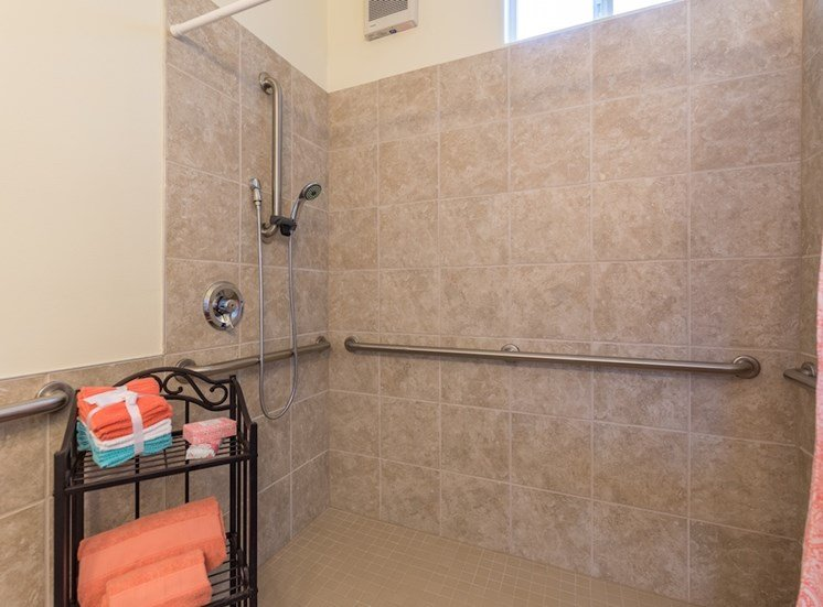 Huge Walk-In Shower with Handrails at Pacifica Senior Living Vancouver, Vancouver