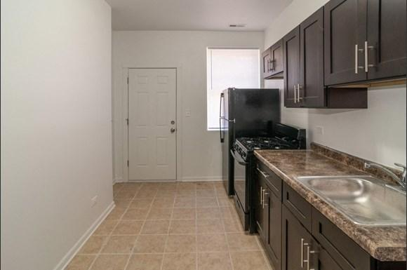 Kitchen of West Garfield Park Apartments   Pangea Real Estate