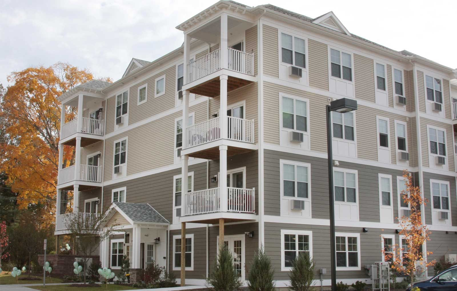 Laurel Hill Apartments in Brookfield, CT