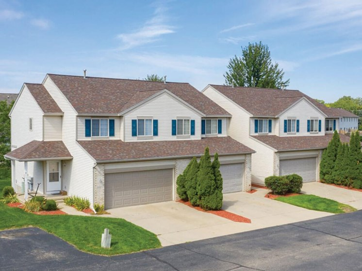 two, three, & four townhome apartments in Grand Rapids MI