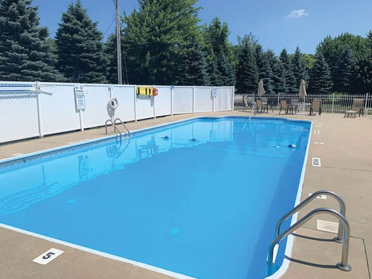 sparkling swimming pool at Bloomfield Townhomes