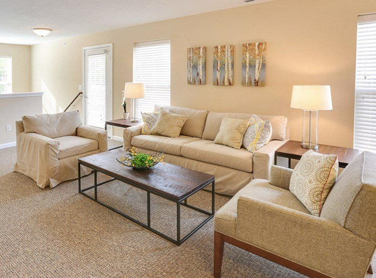 Living room at The Glen at Perinton Hills