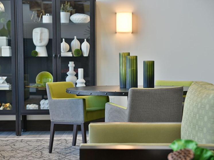 Common Area Table Seating at Rose Senior Living – Carmel, Carmel, IN
