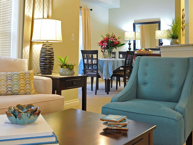 Living Room in Independent Living at Rose Senior Living – Clinton Township, Clinton Township, MI, 48038