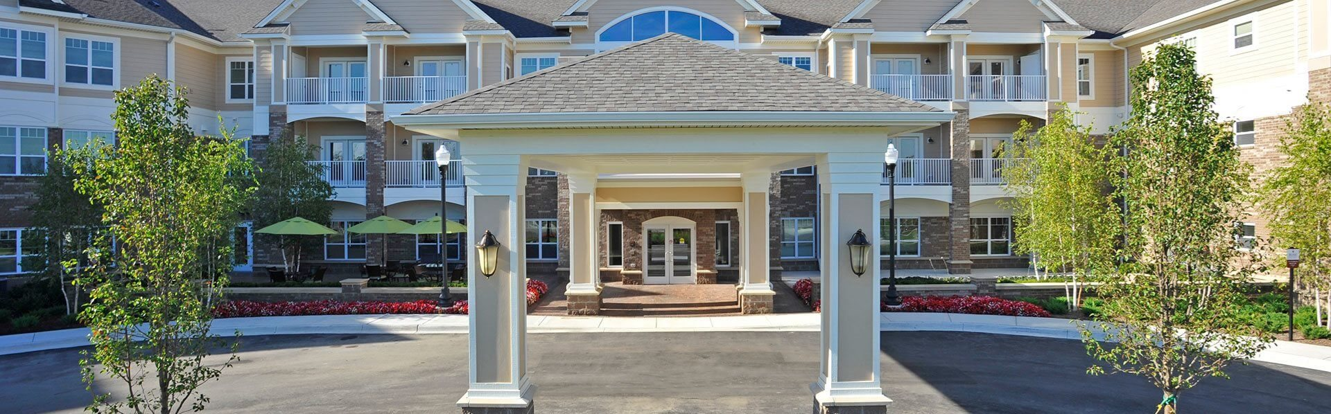 Scheduled Transportation Available at Rose Senior Living – Clinton Township, Michigan