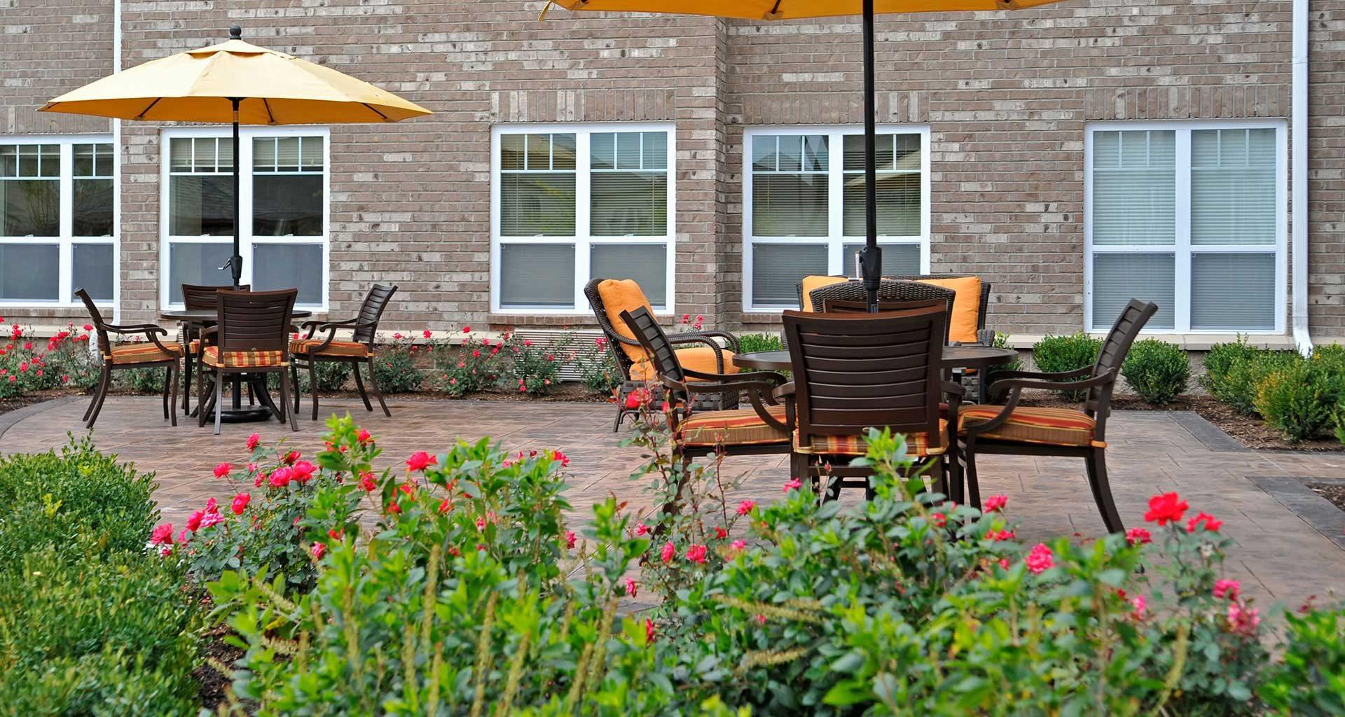 Courtyard Garden at Rose Senior Living – Clinton Township, Michigan, 48038