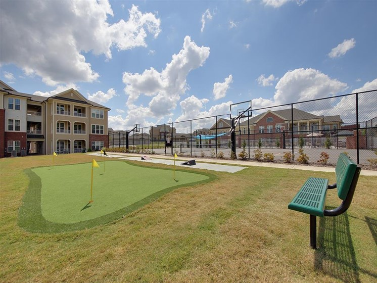 Villages at McCullers Walk_putting green