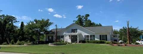 Welcome home to Deerbrook apartment homes in Wilmington, NC 28405